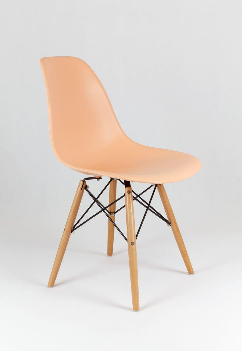 Sk design kr012 pfirisich stuhl buche pfirisich holz for Design stuhl hersteller